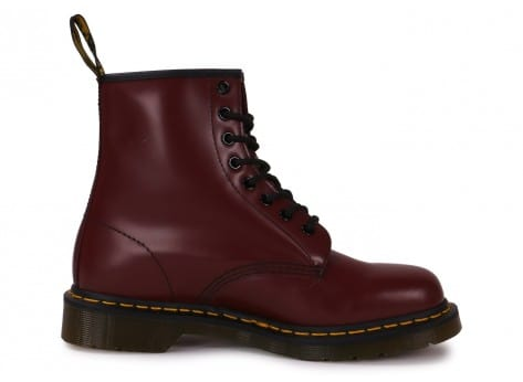 Chaussures Dr Martens 1460 cherry red vue dessous