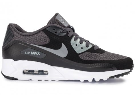 Chaussures Nike Air Max 90 Ultra Essential noire vue dessous