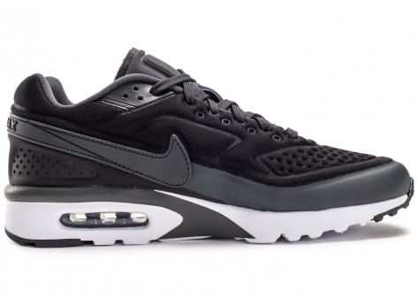 Chaussures Nike Air Max BW Ultra noir anthracite vue dessous