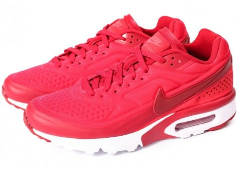 Chaussures Nike Air Max BW Ultra SE rouge vue extérieure