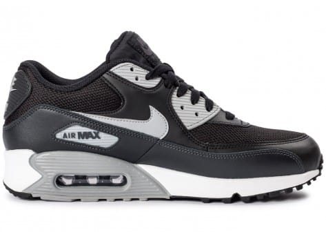Chaussures Nike Air Max 90 Essential black wolf grey vue dessous