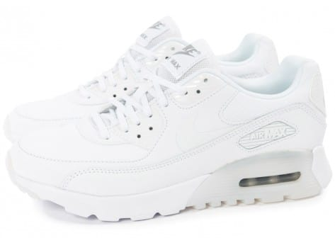 Chaussures Nike Air Max 90 Ultra Essential blanche vue extérieure