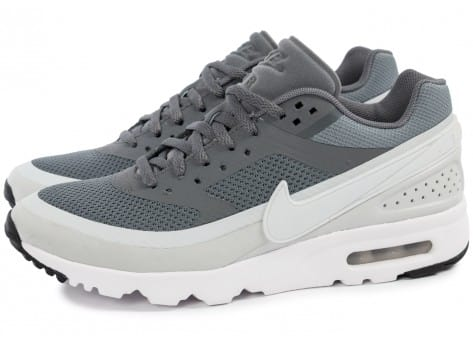 Chaussures Nike Air Max BW Ultra W Cool Grey vue extérieure