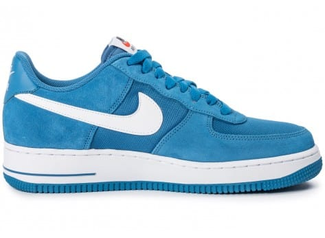 Chaussures Nike Air Force 1 Suede bleue vue dessous