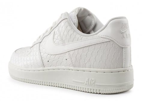 Chaussures Nike Air Force 1 07 LV8 Snake blanche vue arrière