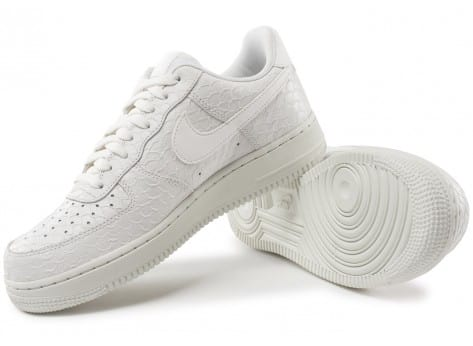 Chaussures Nike Air Force 1 07 LV8 Snake blanche vue intérieure