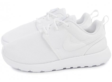 Chaussures Nike Roshe One Enfant blanche vue extérieure