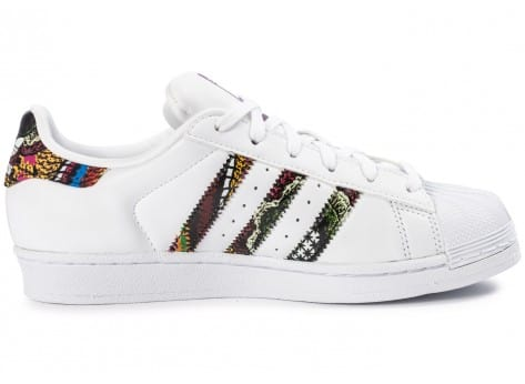 Chaussures adidas Superstar Farm Company blanche vue dessous