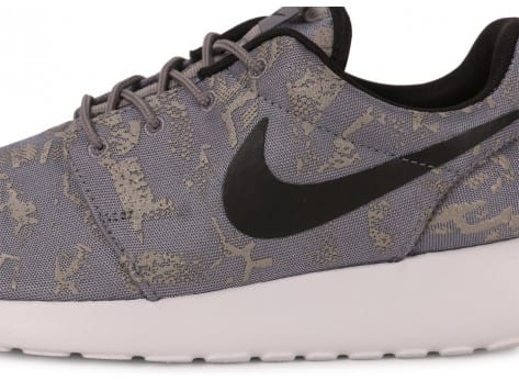 Chaussures Nike Roshe One Print grise vue dessus
