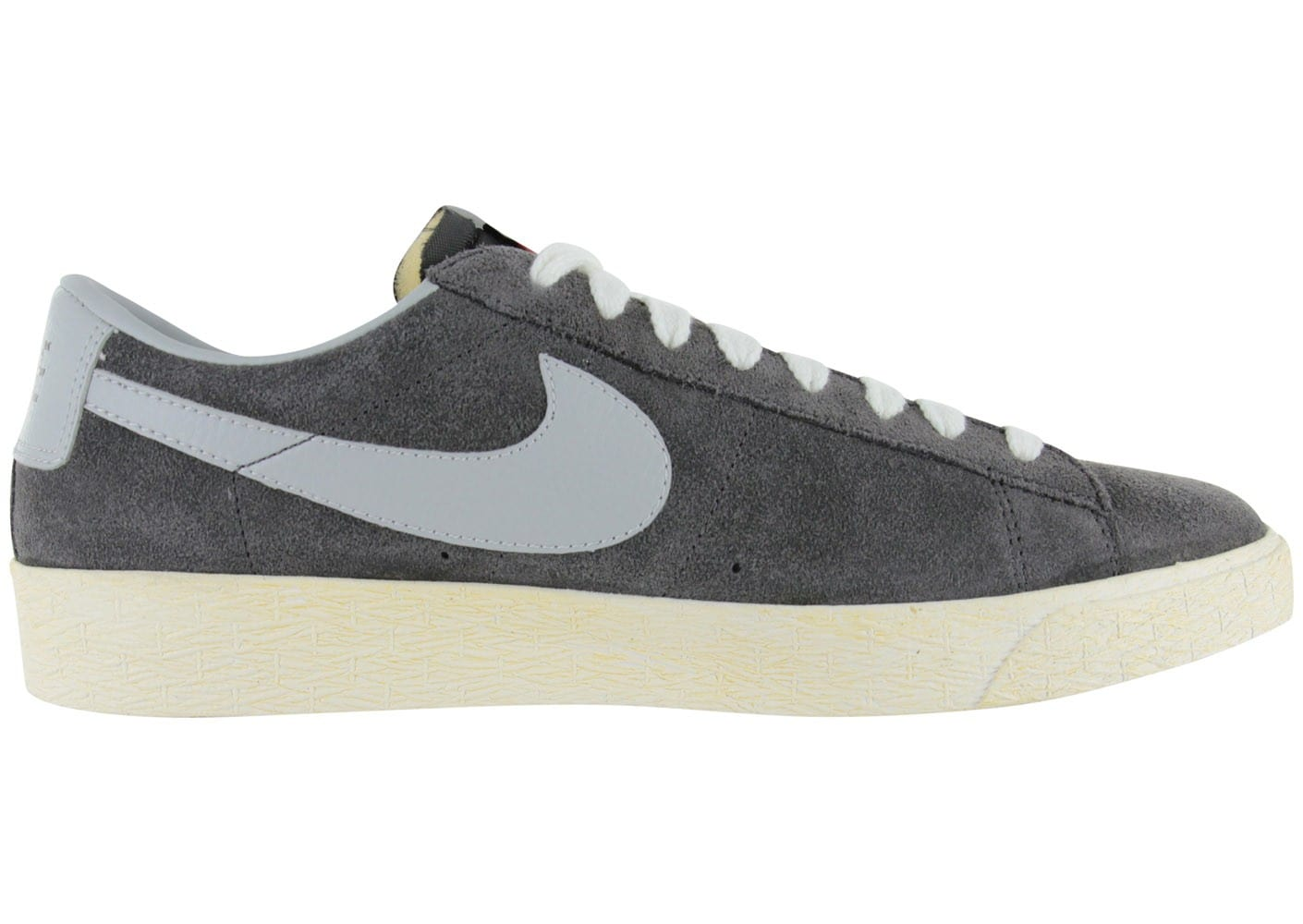 nike blazer low grise chaussures homme chausport. Black Bedroom Furniture Sets. Home Design Ideas