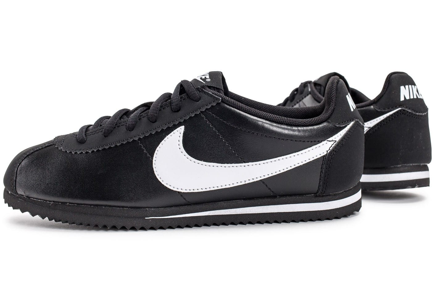 nike cortez leather junior noire et blanche chaussures femme chausport. Black Bedroom Furniture Sets. Home Design Ideas