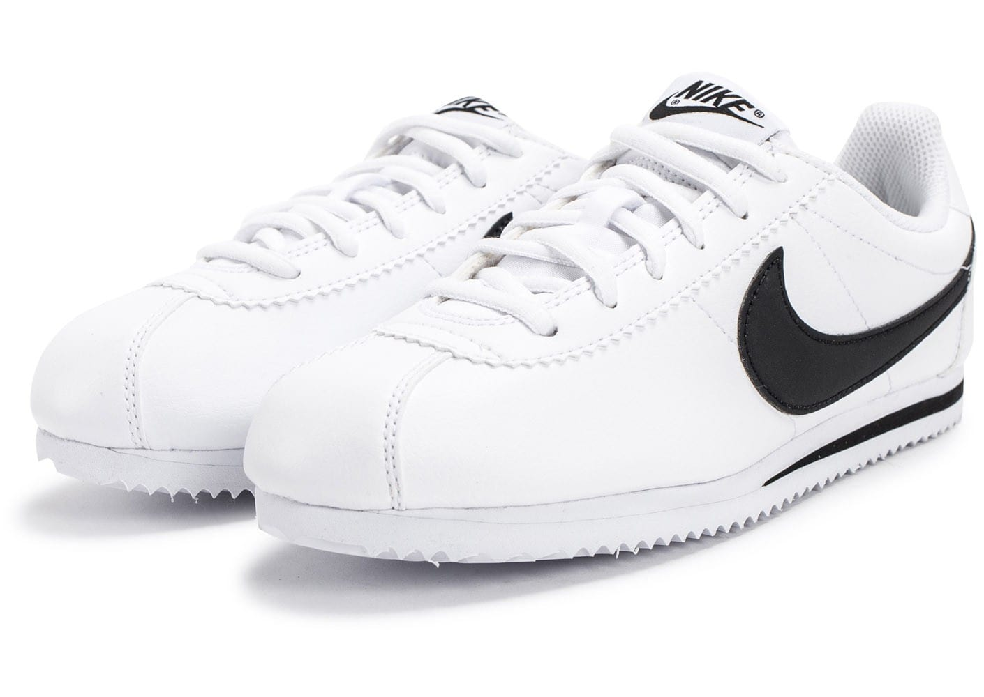 nike cortez junior blanche et noire chaussures enfant chausport. Black Bedroom Furniture Sets. Home Design Ideas