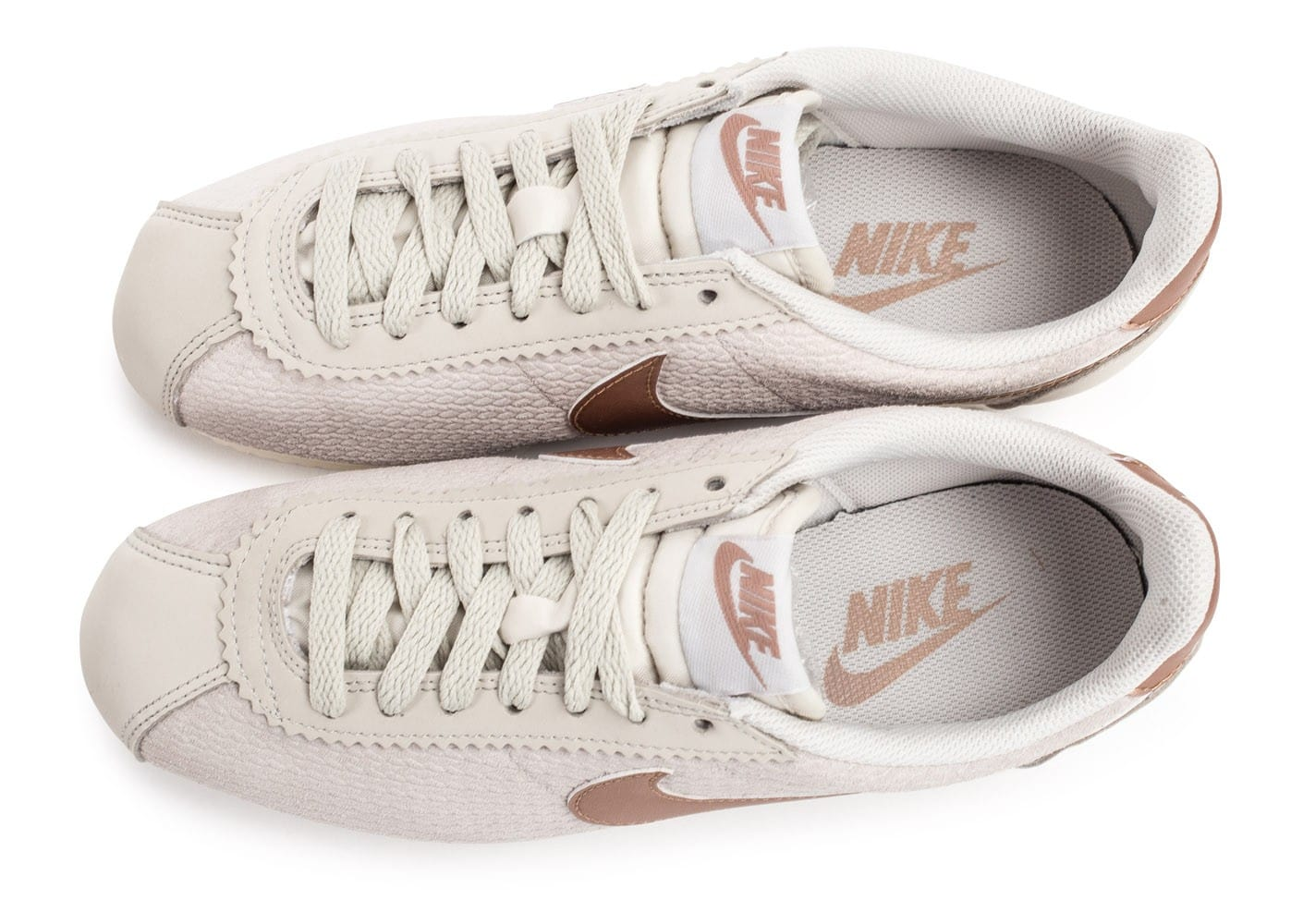 the latest 61d32 c9dc3 Chaussure Nike Cortez Cuir