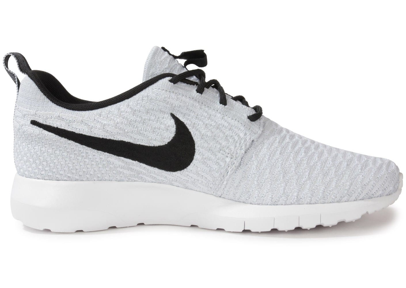 nike roshe run flyknit blanche chaussures homme chausport. Black Bedroom Furniture Sets. Home Design Ideas