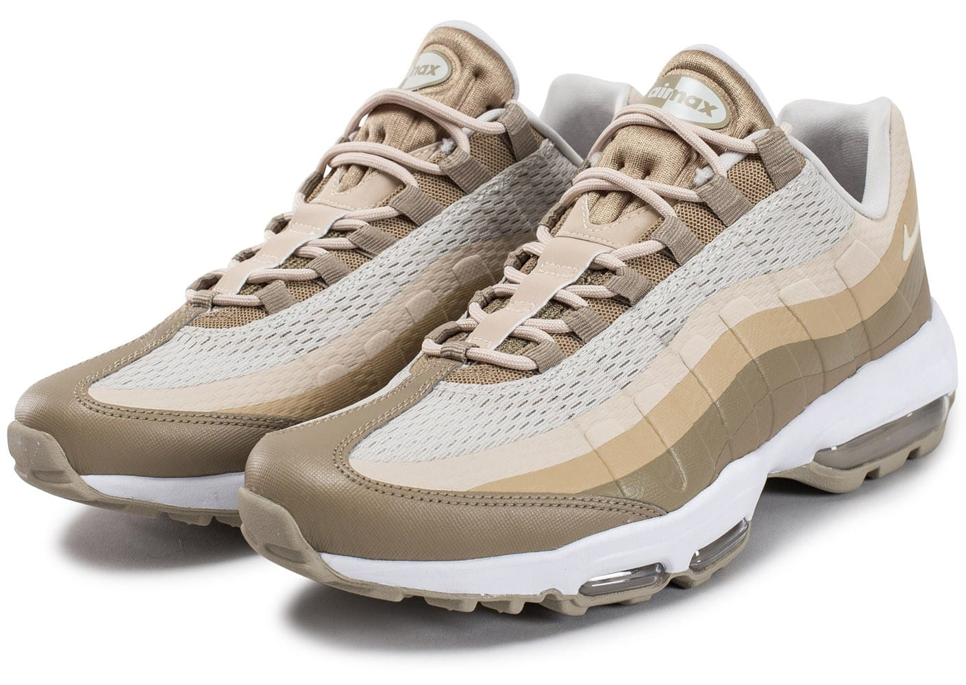 nike air max 95 ultra essential beige chaussures homme chausport. Black Bedroom Furniture Sets. Home Design Ideas
