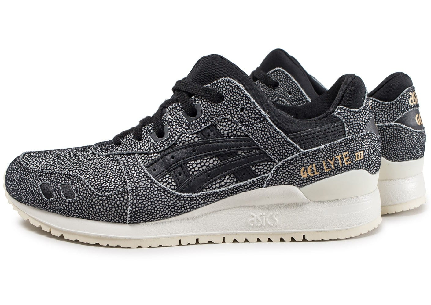asics gel lyte iii noire et blanche chaussures black friday chausport. Black Bedroom Furniture Sets. Home Design Ideas