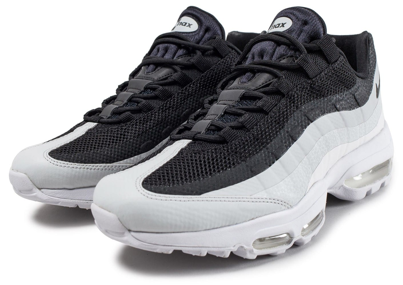 nike air max 95 essential noire et blanche chaussures homme chausport. Black Bedroom Furniture Sets. Home Design Ideas