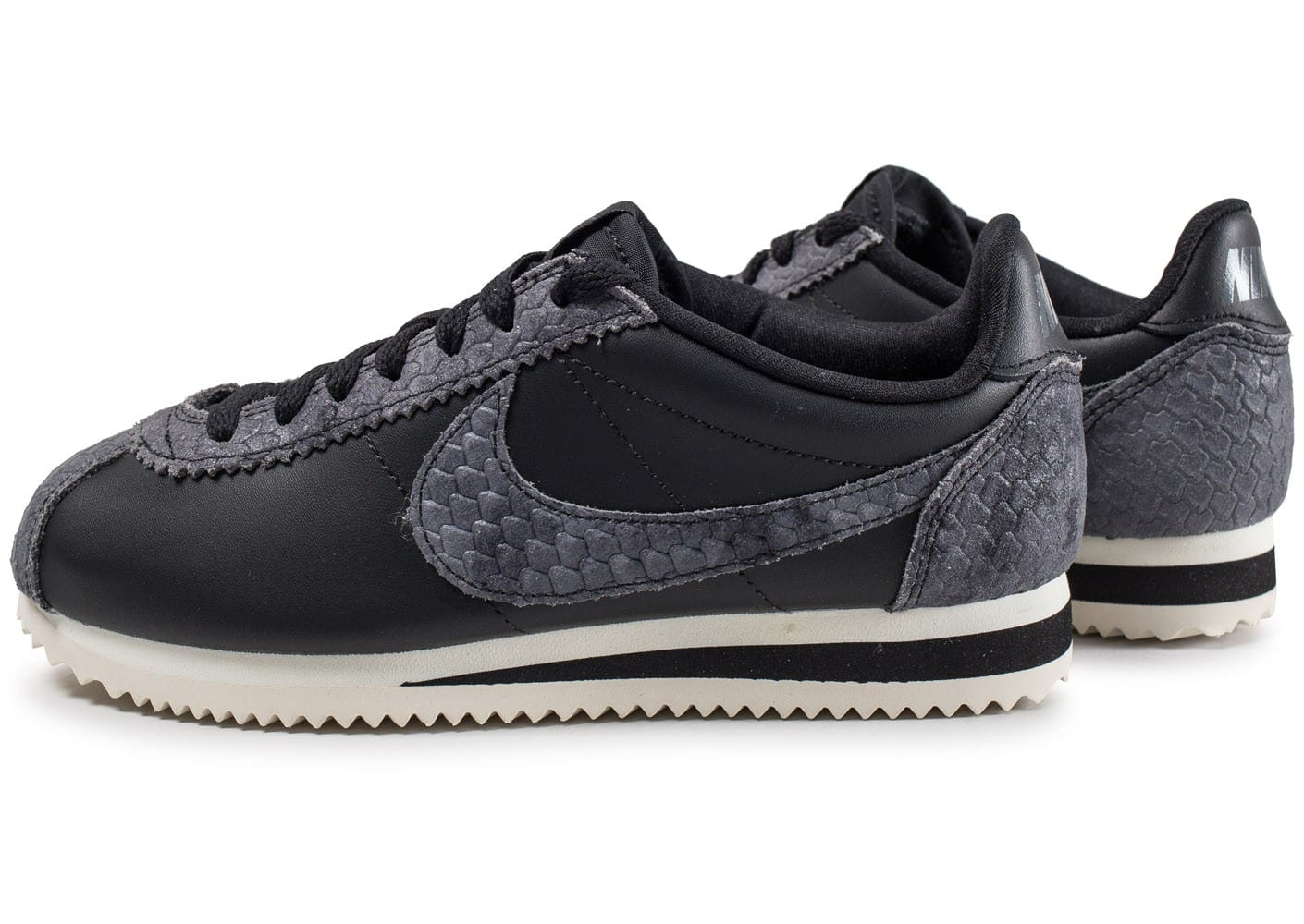 nike classic cortez prm noire et grise chaussures black friday chausport. Black Bedroom Furniture Sets. Home Design Ideas
