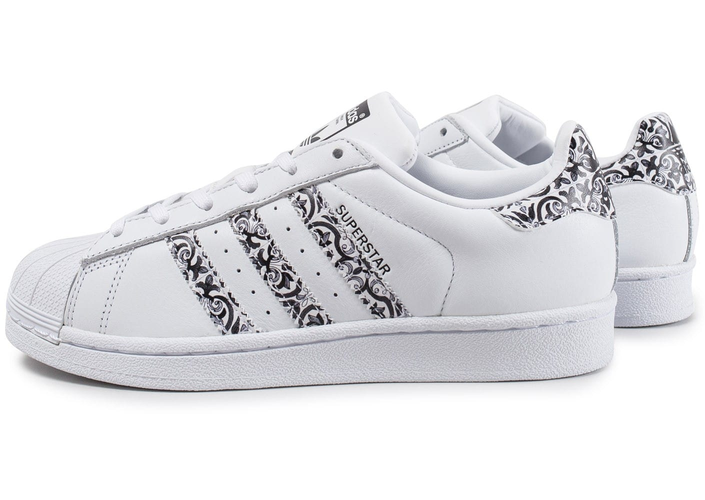 adidas superstar the farm company f blanc noir chaussures adidas chausport. Black Bedroom Furniture Sets. Home Design Ideas
