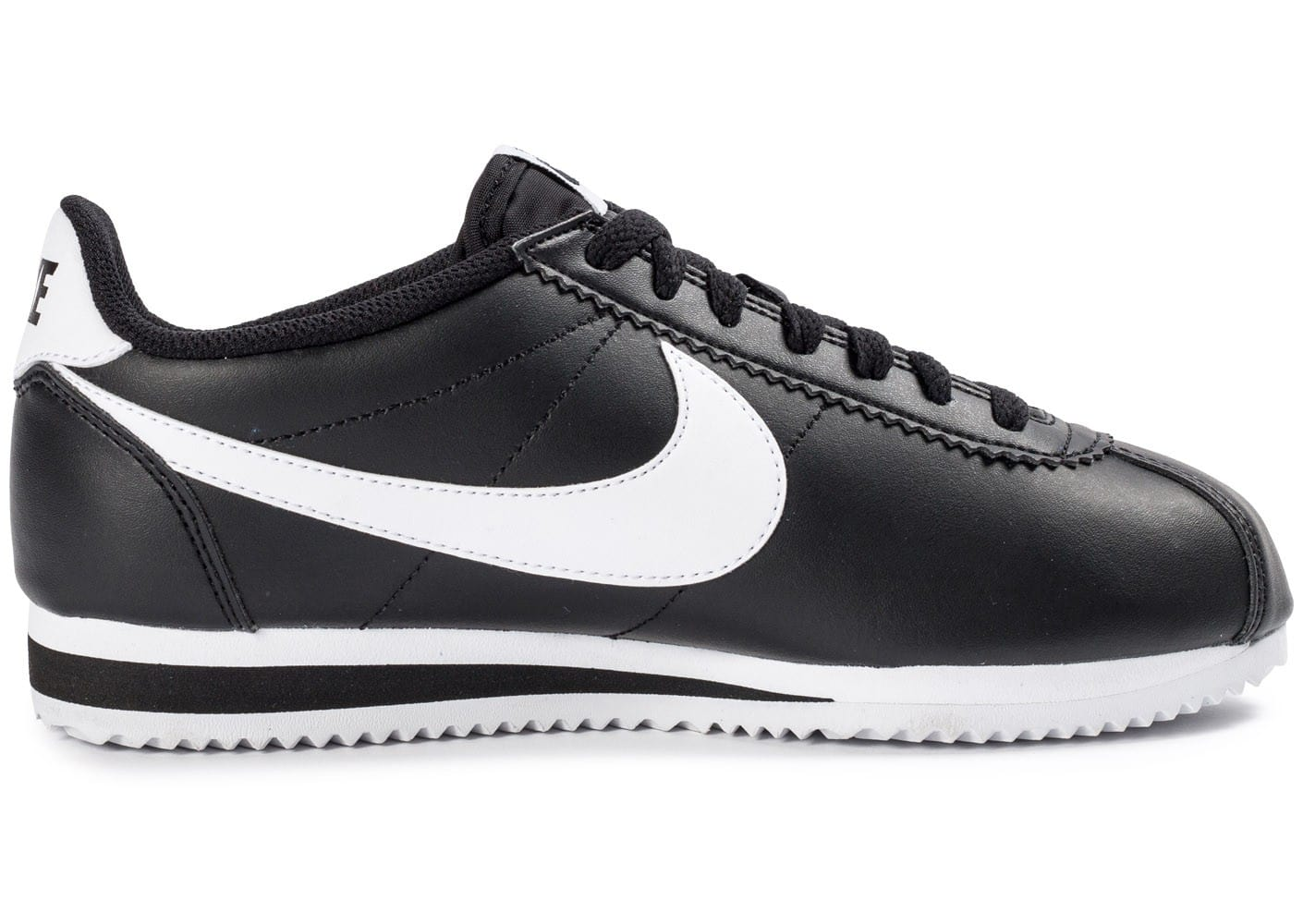 nike classic cortez leather noire et blanche chaussures toutes les baskets sold es chausport. Black Bedroom Furniture Sets. Home Design Ideas