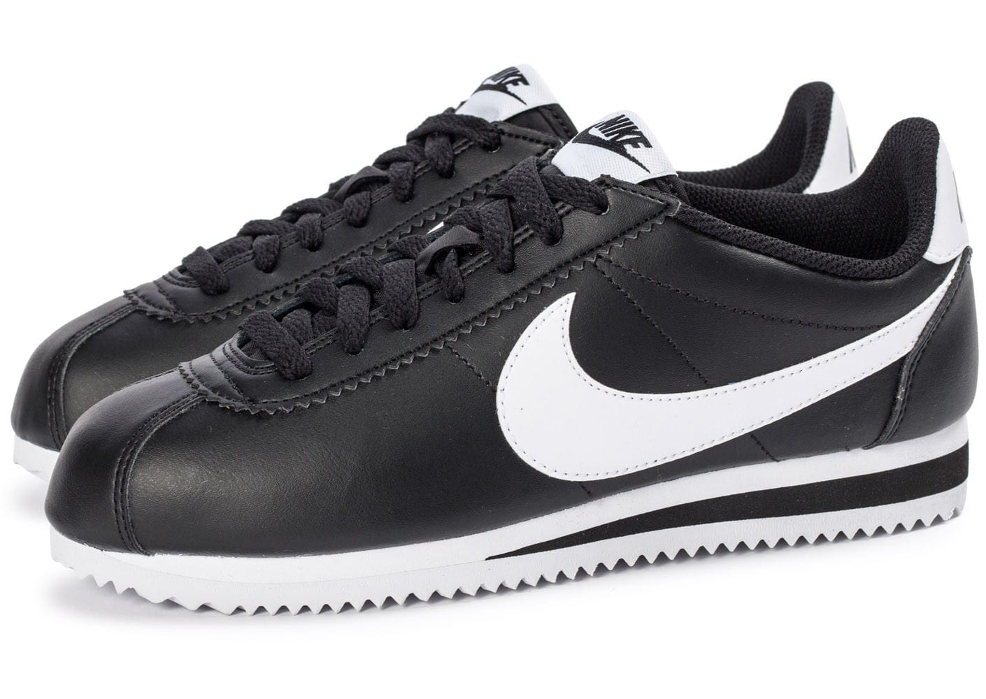 nike classic cortez leather noire et blanche chaussures chaussures chausport. Black Bedroom Furniture Sets. Home Design Ideas