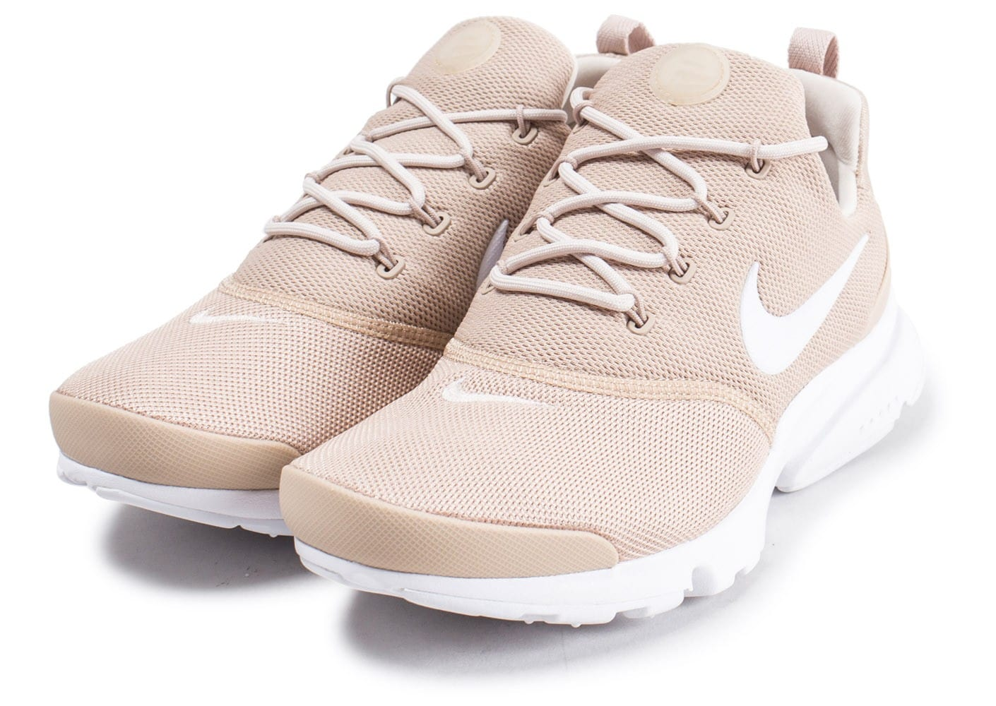 nike presto fly beige chaussures femme chausport. Black Bedroom Furniture Sets. Home Design Ideas