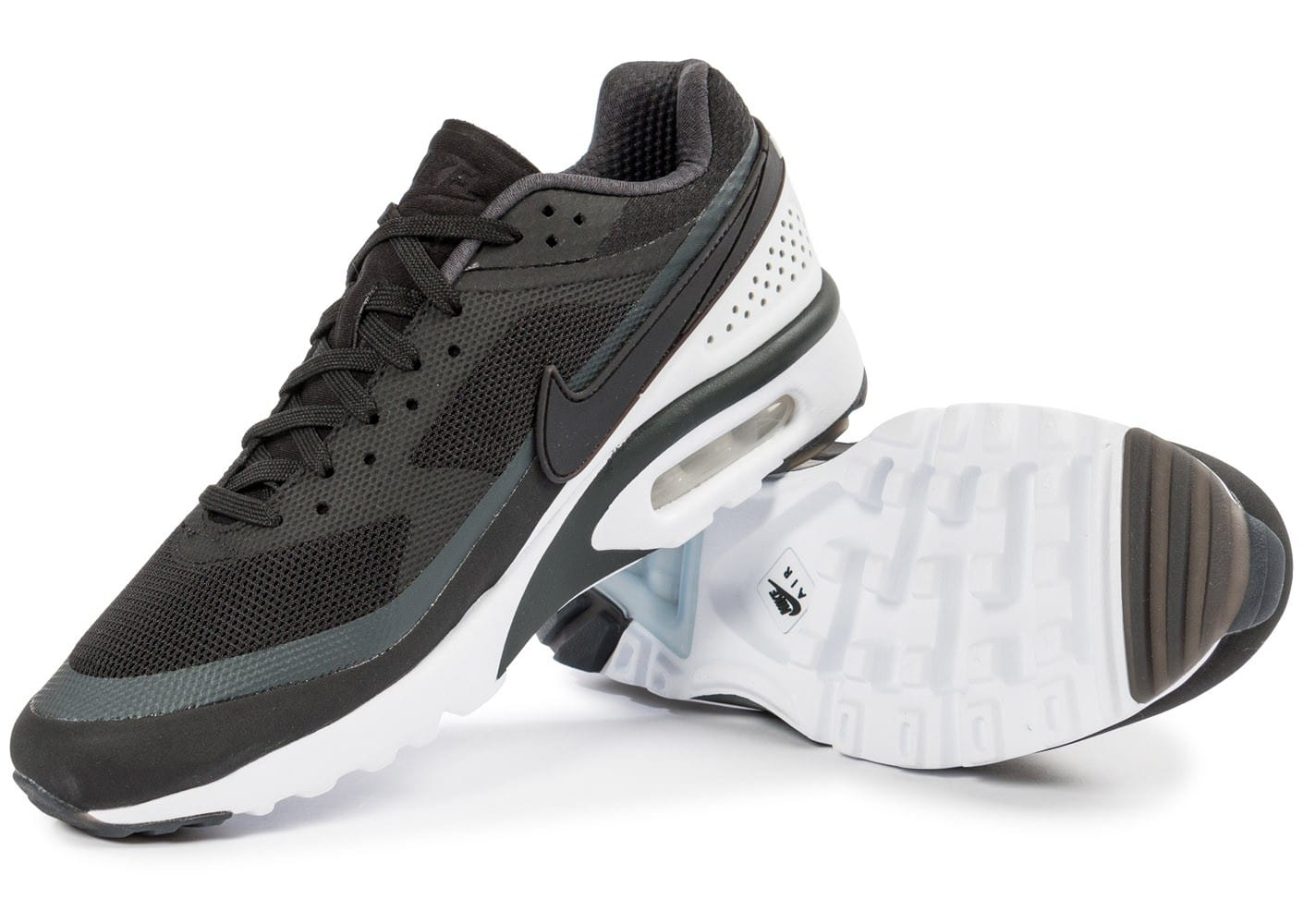 nike air max bw ultra noire et blanche chaussures homme chausport. Black Bedroom Furniture Sets. Home Design Ideas