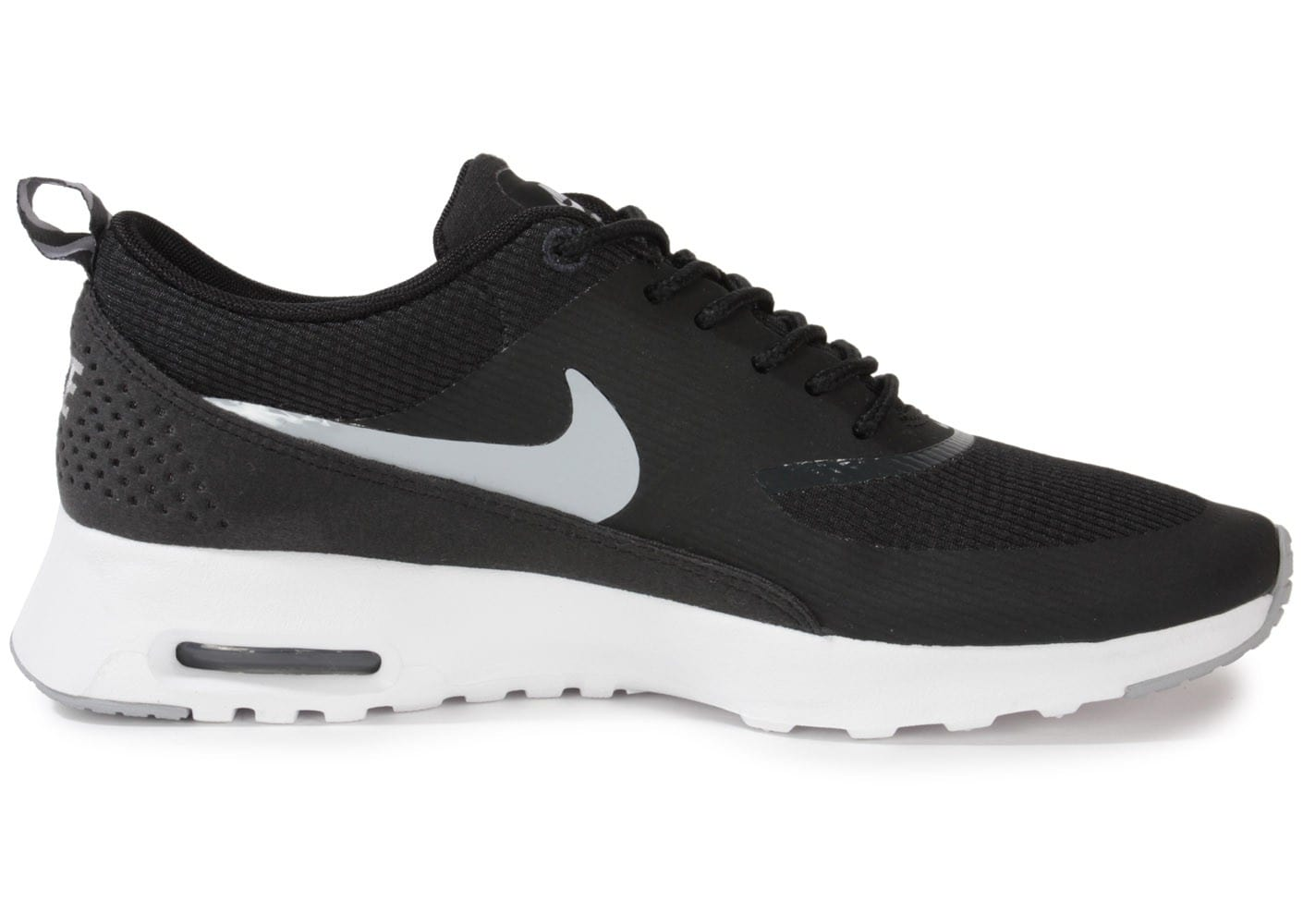 air max thea noir et blanche. Black Bedroom Furniture Sets. Home Design Ideas