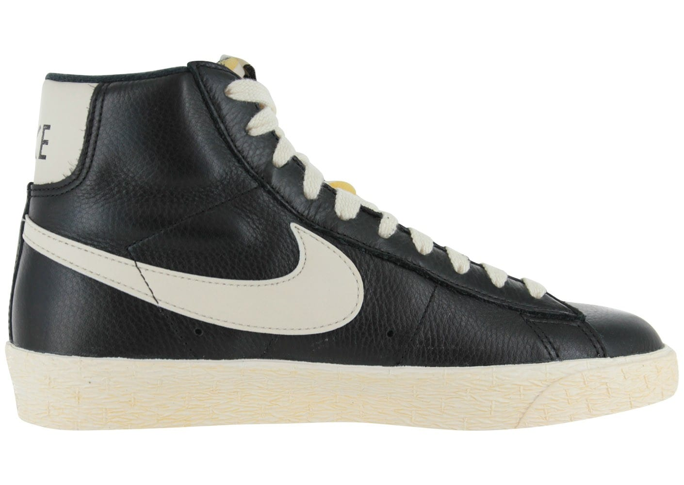 nike blazer cuir noire chaussures chaussures chausport. Black Bedroom Furniture Sets. Home Design Ideas