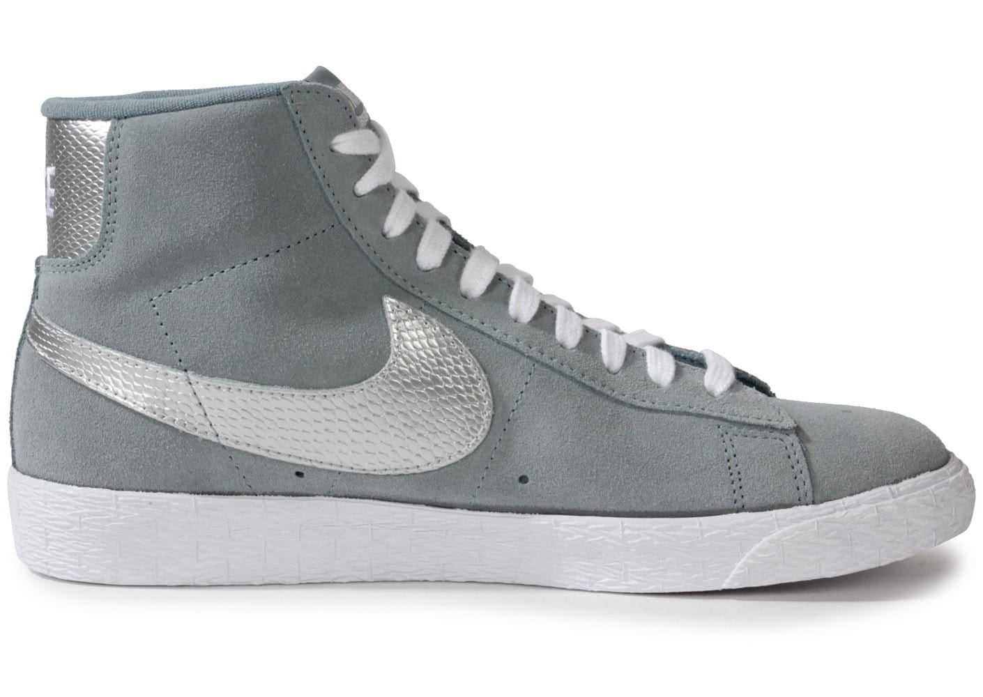 nike blazer mid grise chaussures chaussures chausport. Black Bedroom Furniture Sets. Home Design Ideas
