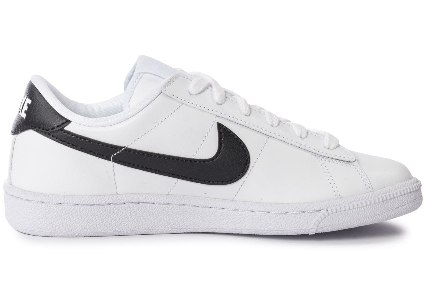 nike tennis classic blanche et noire chaussures chaussures chausport. Black Bedroom Furniture Sets. Home Design Ideas