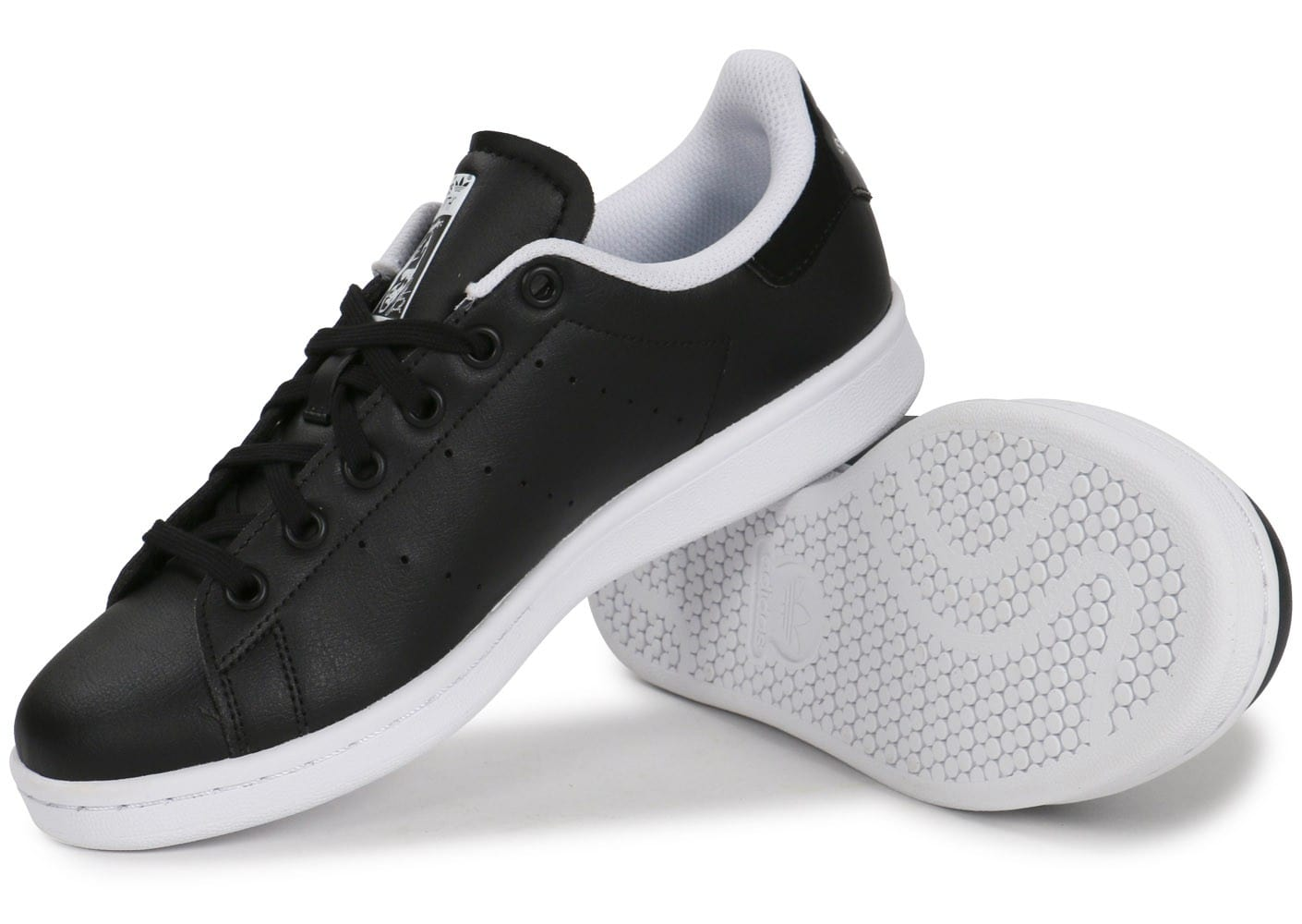 adidas stan smith junior noire et blanche chaussures adidas chausport. Black Bedroom Furniture Sets. Home Design Ideas
