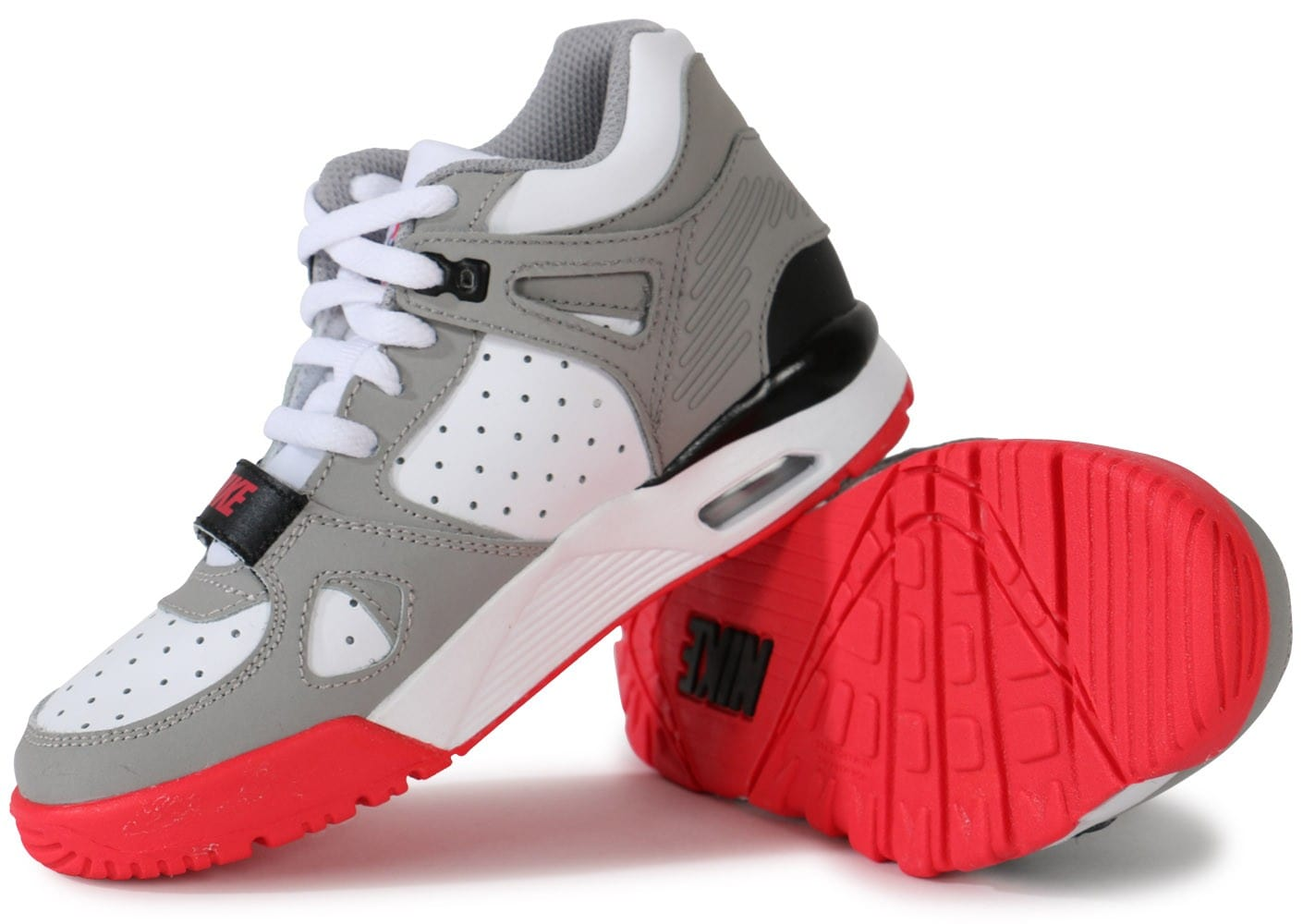 the latest e3189 c7322 nike trainer bebe