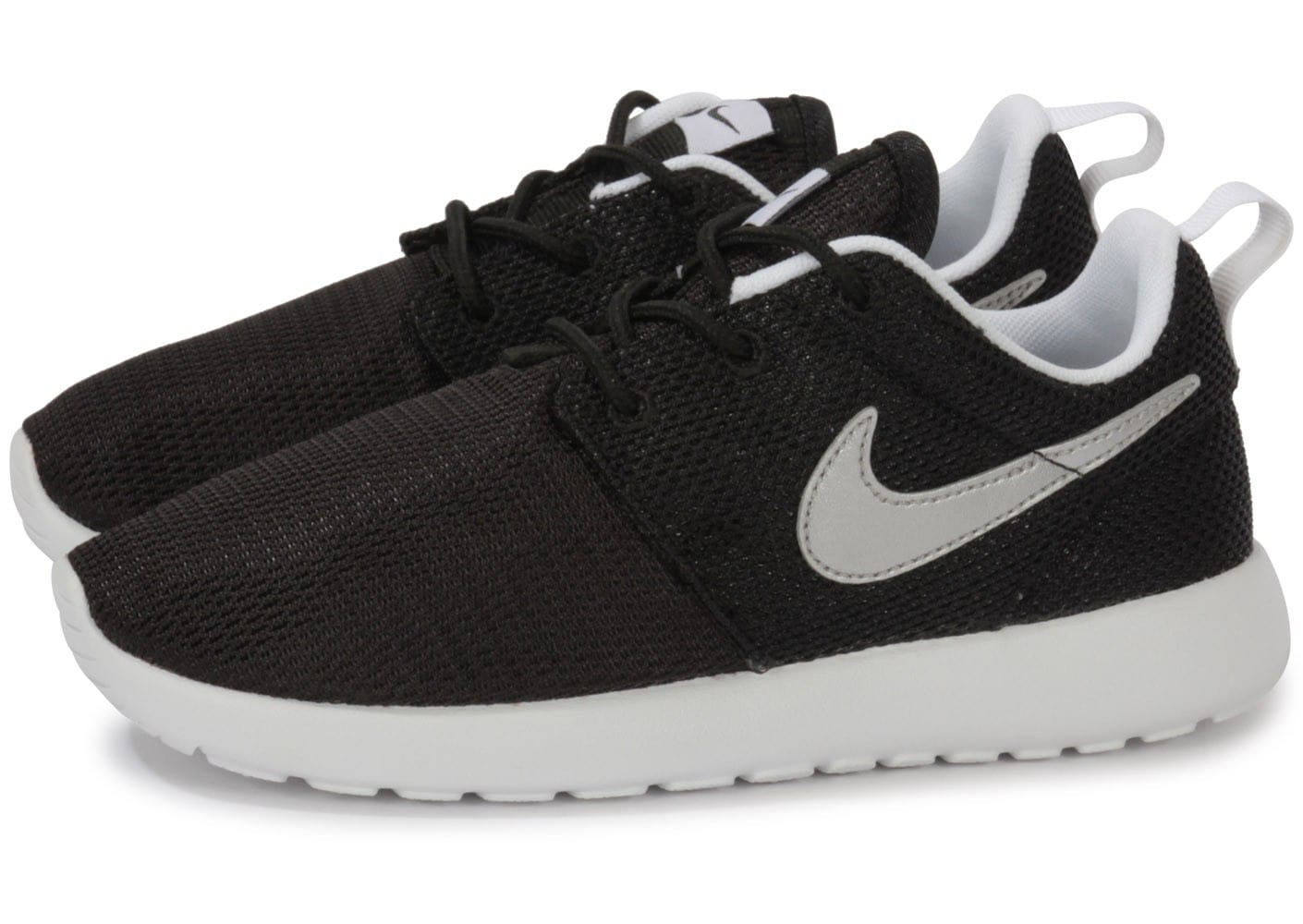 nike roshe run enfant noire et blanche chaussures chaussures chausport. Black Bedroom Furniture Sets. Home Design Ideas