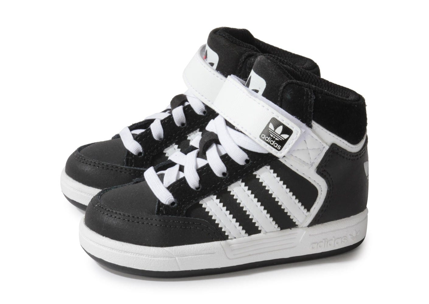 chaussures adidas enfants. Black Bedroom Furniture Sets. Home Design Ideas