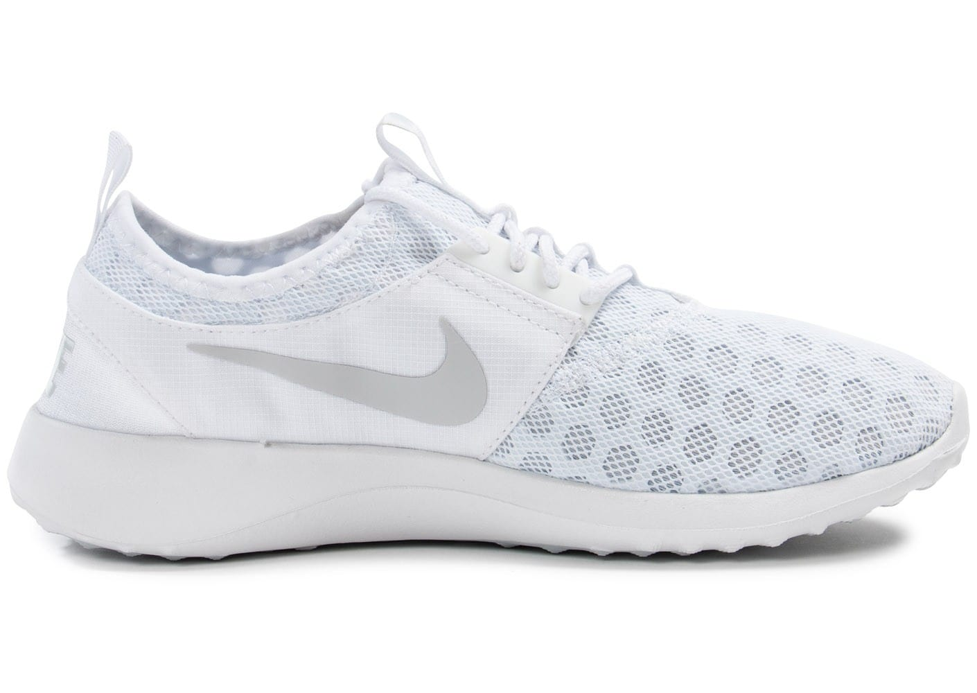 nike juvenate blanche chaussures chaussures chausport. Black Bedroom Furniture Sets. Home Design Ideas