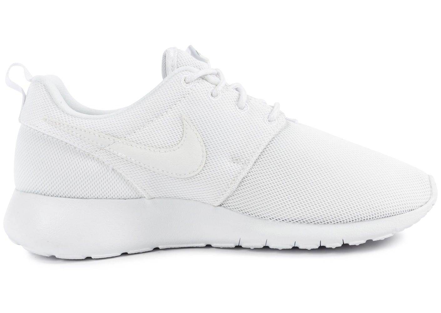... Chaussures Nike Roshe One Junior blanche vue dessous ...