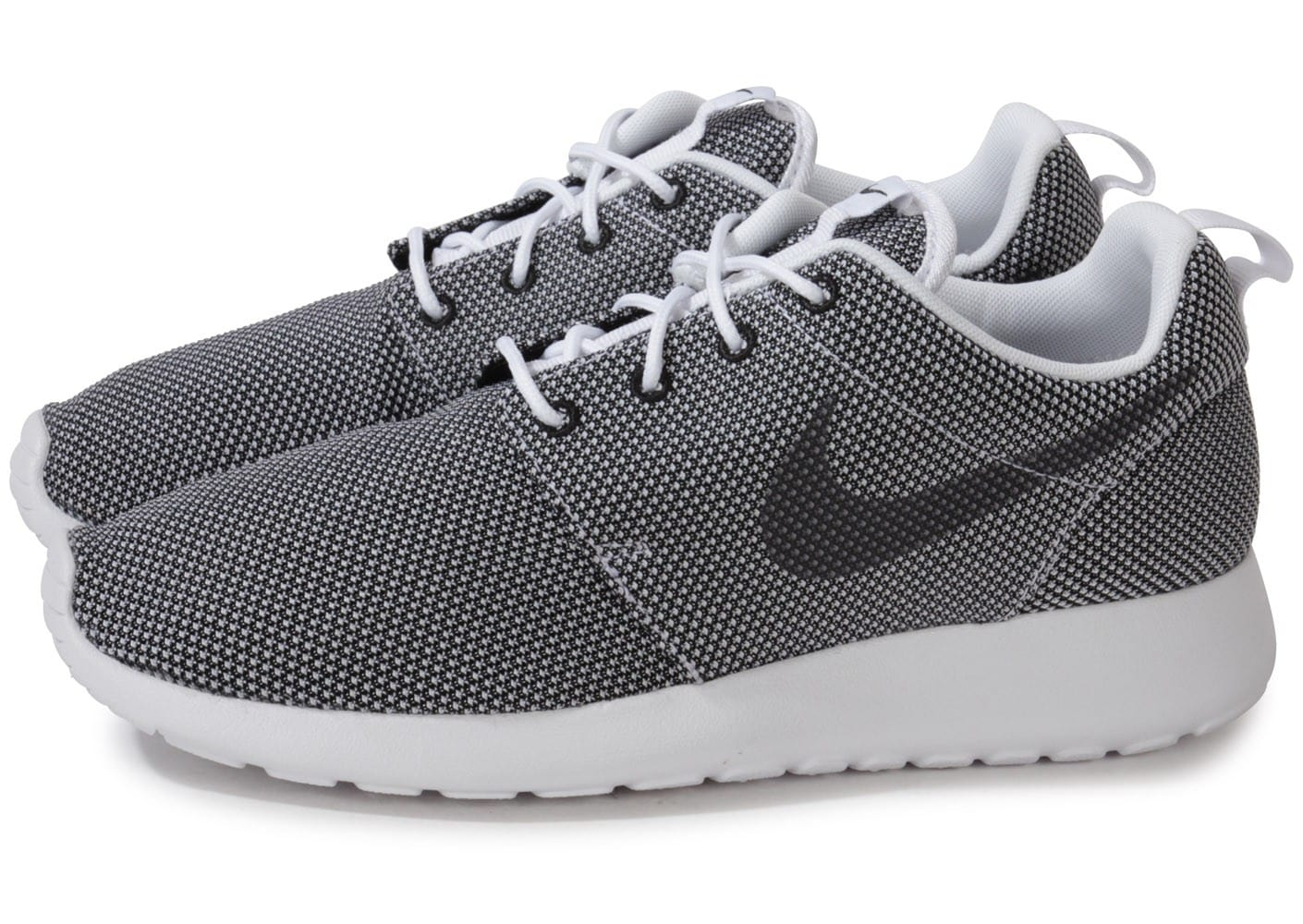nike roshe run metallic silver chaussures homme chausport. Black Bedroom Furniture Sets. Home Design Ideas