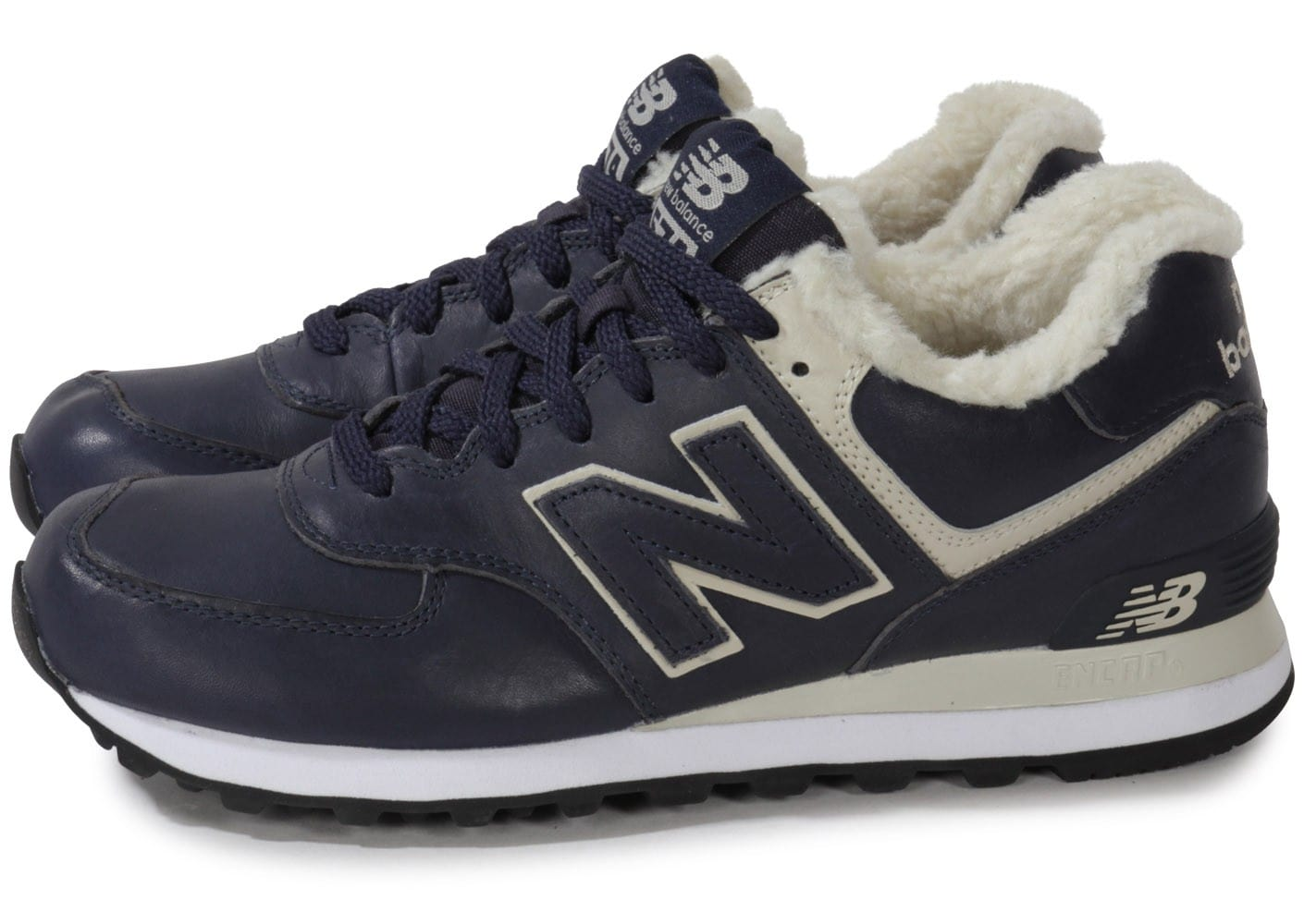 new balance ml574 nv d cuir bleu marine chaussures homme chausport. Black Bedroom Furniture Sets. Home Design Ideas