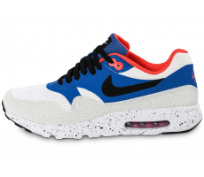 Chaussures Nike Air Max 1 Ultra Essential bleue et blanche