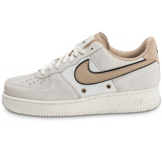 Chaussures Nike Air Force 1 '07 LV08 Beige