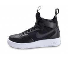Chaussures Nike Air Force 1 UltraForce Mid W noire