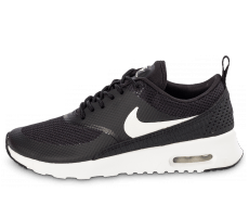 Chaussures Nike Air Max Thea noire et blanche