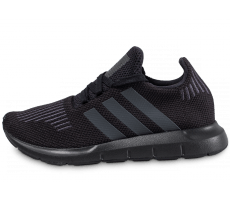 Chaussures adidas Swift Run Junior noire