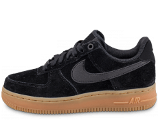 Chaussures Nike Air Force 1 Low 07 SE W Suede Noire
