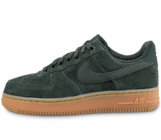 Chaussures Nike Air Force 1 07 vert