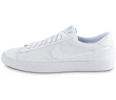 Chaussures Nike Tennis Perf blanche