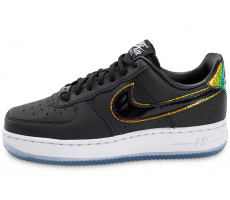 Chaussures Nike Air Force 1 07 PRM noire Iridescente