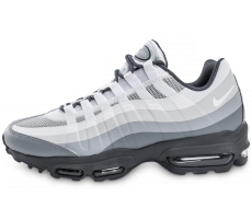 Chaussures Nike Air Max 95 Ultra Essential blanche et grise