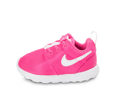Chaussures Nike Roshe One Bébé rose